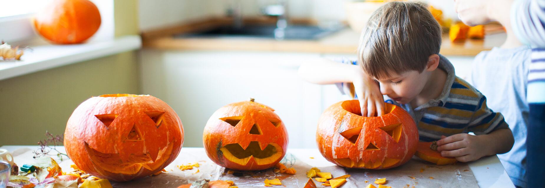Halloween Schnitzgesichter Sv Sparkassenversicherung Sv Sparkassenversicherung