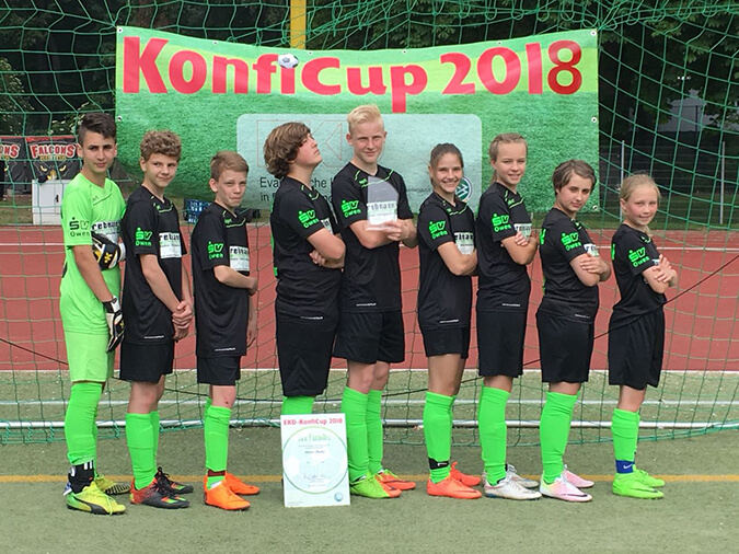 sv-owen-sponsoring-fussball-konfirmanden-2018-02